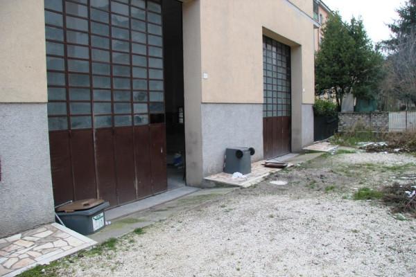 Magazzino in Vendita a Foligno
