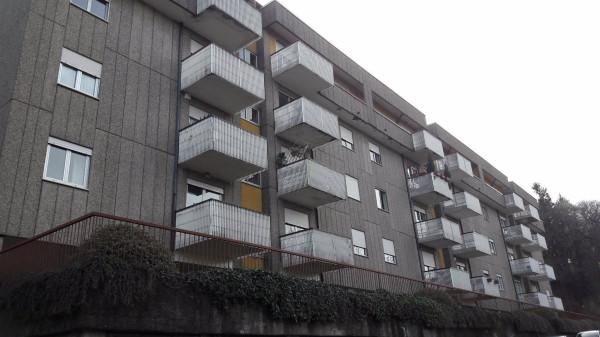 Appartamento in vendita a Varese, 3 locali, prezzo € 215.000 | Cambio Casa.it