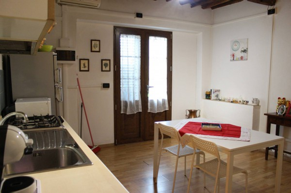 Villa in vendita a Capannori, 5 locali, prezzo € 320.000 | Cambio Casa.it