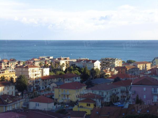 Appartamento in vendita a Andora, 3 locali, prezzo € 179.000 | Cambio Casa.it