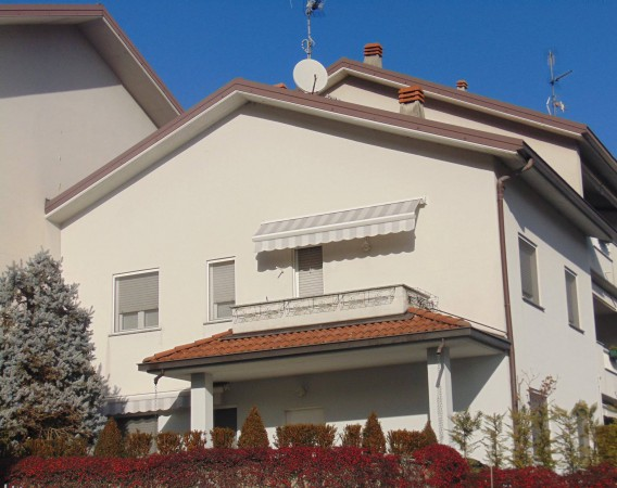 Villa a Schiera in Vendita a Pescate