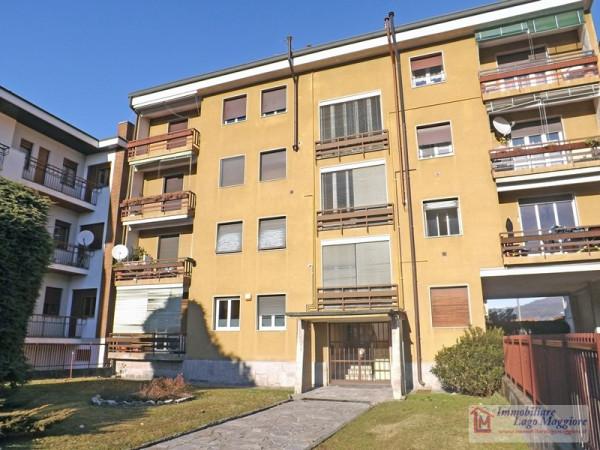 Appartamento in affitto a Besozzo, 4 locali, prezzo € 500 | Cambio Casa.it