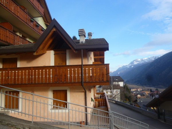 Appartamento in vendita a Vezza d'Oglio, 2 locali, Trattative riservate | Cambio Casa.it