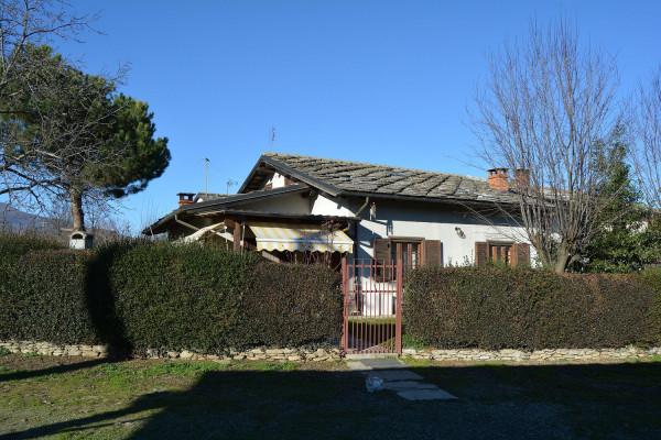 Villa in vendita a Barge, 4 locali, prezzo € 240.000 | Cambio Casa.it