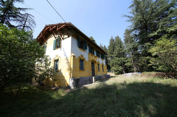 Villa in vendita a Cairo Montenotte, 6 locali, prezzo € 230.000 | Cambio Casa.it
