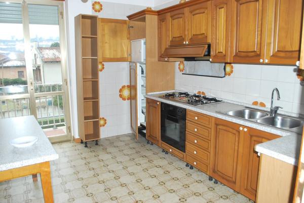 Appartamento in affitto a Alba, 4 locali, prezzo € 500 | Cambio Casa.it