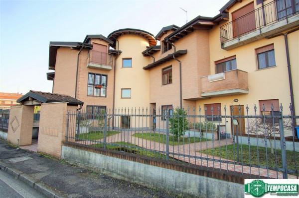 Appartamento in vendita a Mediglia, 2 locali, prezzo € 135.000   Cambio Casa.it