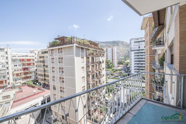 Appartamento in vendita a Palermo, 6 locali, prezzo € 310.000 | Cambio Casa.it
