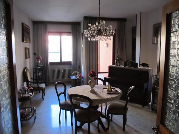 Appartamento in Vendita a Pistoia Centro: 5 locali, 127 mq