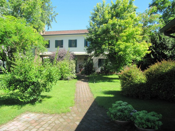 Villa in vendita a Chioggia, 5 locali, prezzo € 290.000 | Cambio Casa.it