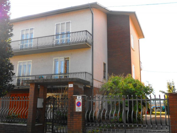 Villa in Vendita a Forlì