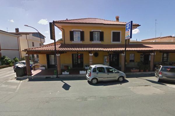 Negozio / Locale in affitto a Latina, 1 locali, prezzo € 800 | CambioCasa.it