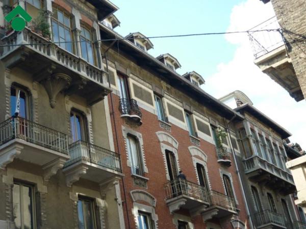 Appartamento in Vendita a Torino Centro: 4 locali, 125 mq