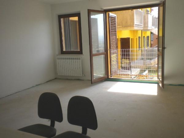 Appartamento in vendita a Montecosaro, 5 locali, prezzo € 129.000 | Cambio Casa.it