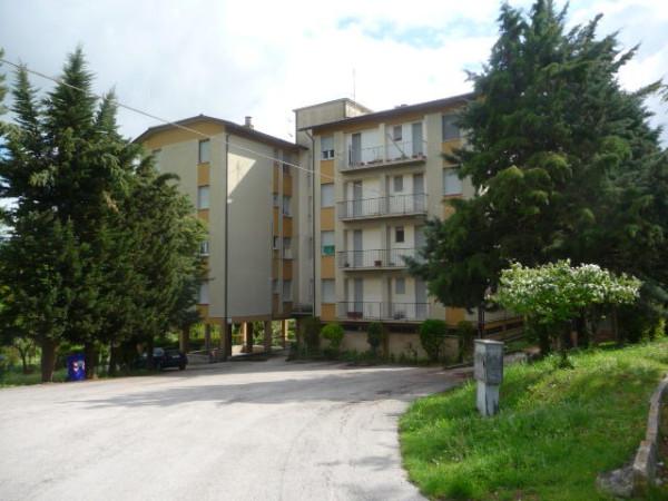 Appartamento in vendita a Monte San Giusto, 4 locali, prezzo € 90.000 | Cambio Casa.it