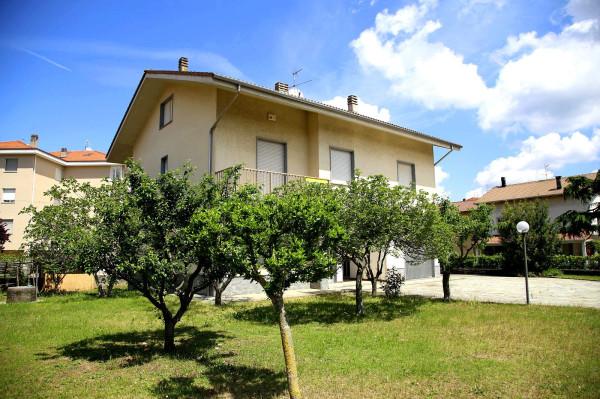 Villa in vendita a Carcare, 6 locali, prezzo € 380.000 | Cambio Casa.it