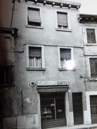 Soluzione Indipendente in vendita a Verona, 4 locali, zona Zona: 1 . ZTL - Piazza Cittadella - San Zeno - Stadio, prezzo € 230.000 | Cambio Casa.it