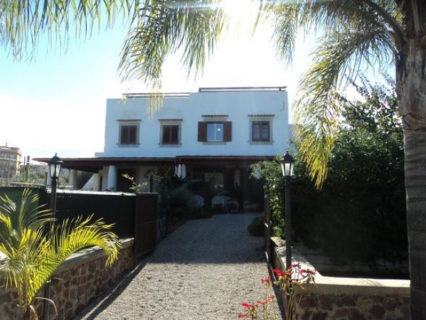 Villa in vendita a Gioiosa Marea, 3 locali, Trattative riservate | Cambio Casa.it