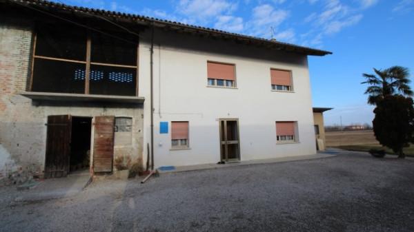 Rustico / Casale in vendita a Valvasone Arzene, 5 locali, prezzo € 105.000 | Cambio Casa.it