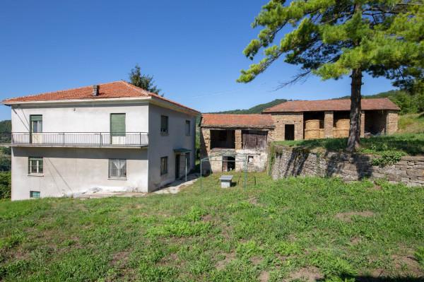 Rustico / Casale in vendita a Pezzolo Valle Uzzone, 6 locali, prezzo € 350.000 | Cambio Casa.it