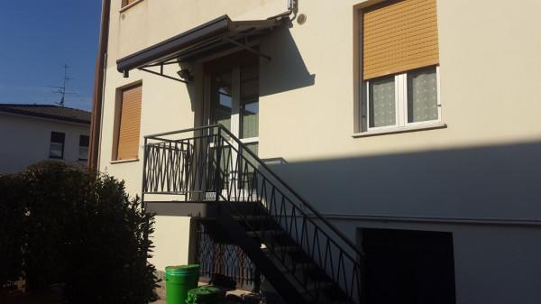 Appartamento in vendita a Figino Serenza, 3 locali, prezzo € 130.000 | Cambio Casa.it