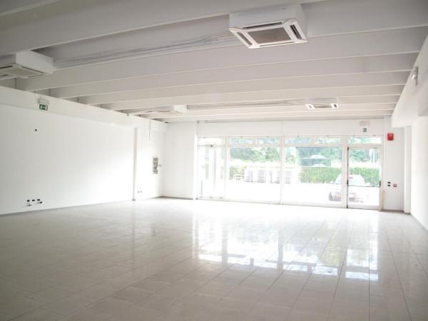 Negozio / Locale in vendita a Silea, 1 locali, prezzo € 395.000 | Cambio Casa.it