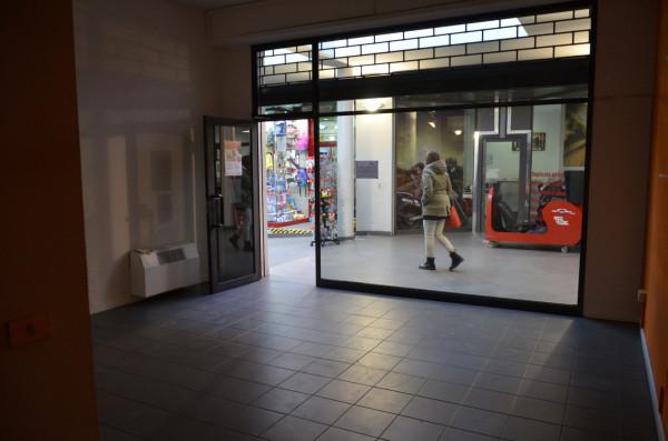 Negozio / Locale in vendita a San Lazzaro di Savena, 3 locali, prezzo € 185.000 | Cambio Casa.it