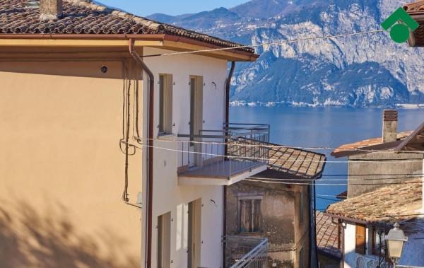 Appartamento in vendita a Brenzone, 3 locali, prezzo € 190.000 | CambioCasa.it