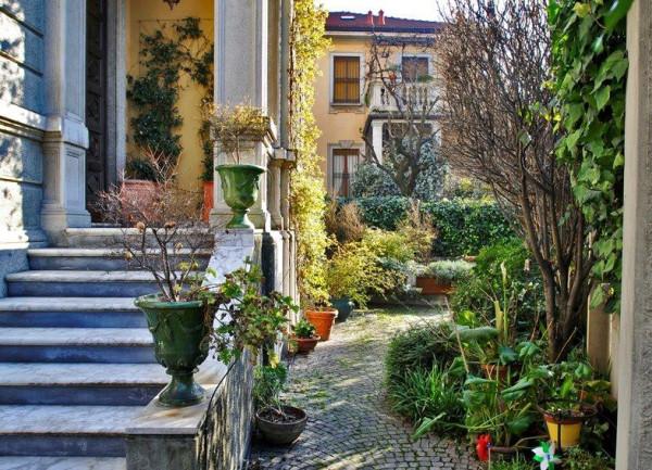 Villa in vendita a Milano, 6 locali, zona Zona: 12 . De Angeli, Vercelli, Washington, Sicilia, S. Michele del Carso, prezzo € 2.250.000 | Cambio Casa.it