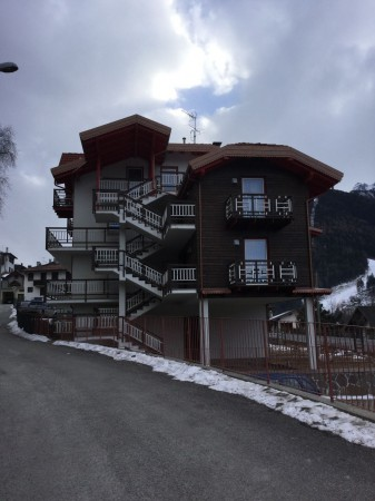 Appartamento in vendita a Temù, 2 locali, prezzo € 115.000   CambioCasa.it