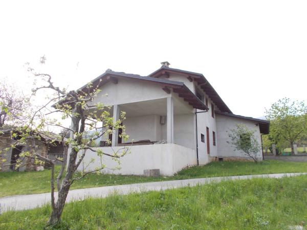 Villa in vendita a Pinerolo, 6 locali, prezzo € 165.000 | Cambio Casa.it