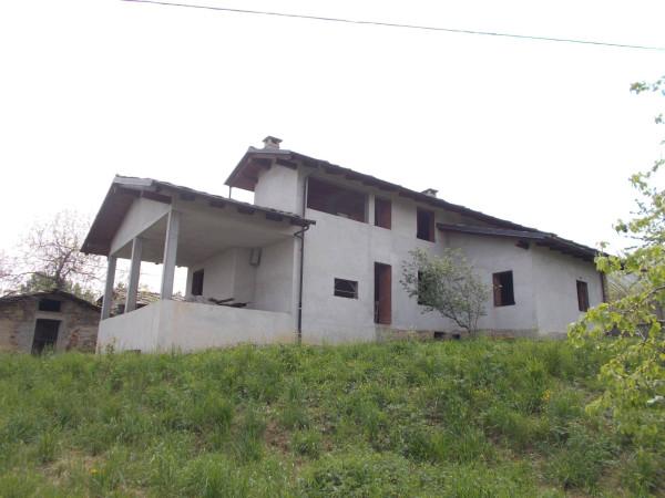 Villa in vendita a Cavour, 6 locali, prezzo € 165.000 | CambioCasa.it