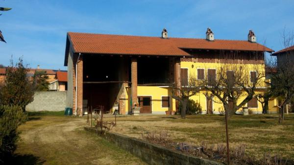 Rustico / Casale in vendita a Orio Canavese, 6 locali, prezzo € 179.000 | Cambio Casa.it