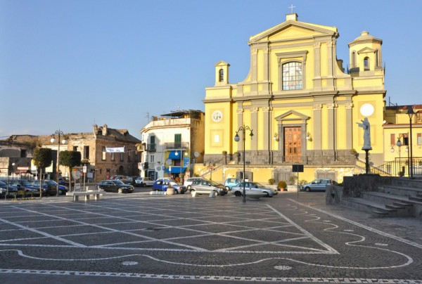 Appartamento in affitto a Pollena Trocchia, 2 locali, prezzo € 350 | Cambio Casa.it