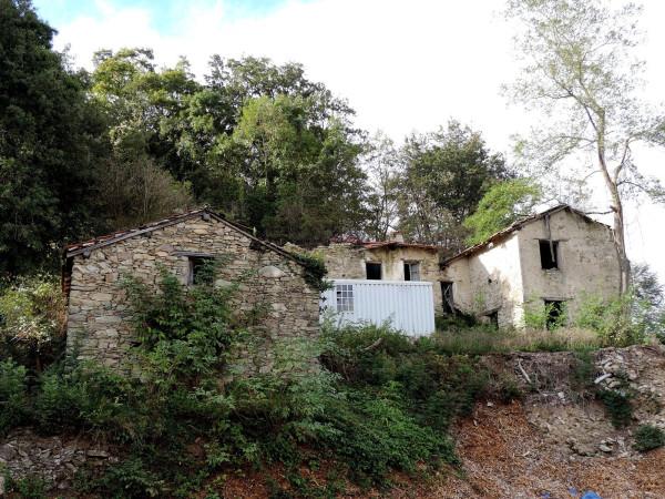 Rustico / Casale in vendita a Quiliano, 6 locali, prezzo € 120.000   Cambio Casa.it