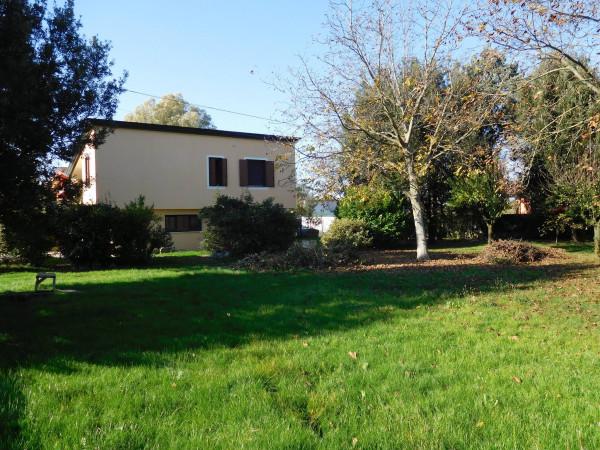 Villa in vendita a Gruaro, 4 locali, prezzo € 157.000 | Cambio Casa.it