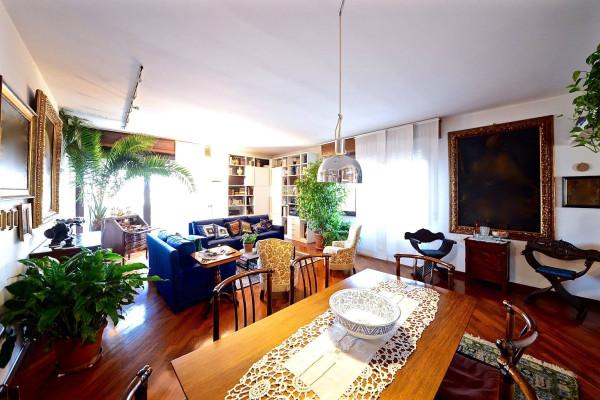 Appartamento in vendita a Villasanta, 4 locali, prezzo € 395.000 | Cambio Casa.it