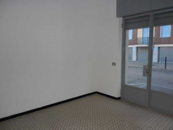 Negozio / Locale in vendita a Nizza Monferrato, 1 locali, prezzo € 30.000 | Cambio Casa.it