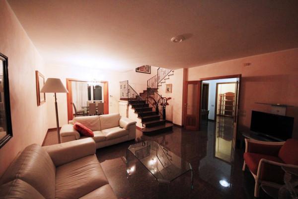 Villa in affitto a Pesaro, 5 locali, prezzo € 1.000   Cambio Casa.it