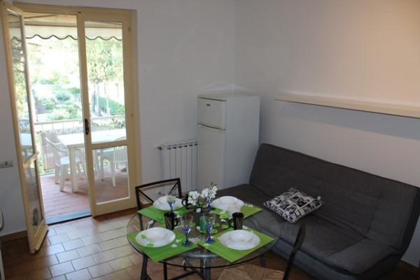 Appartamento in Vendita a Loano: 2 locali, 47 mq