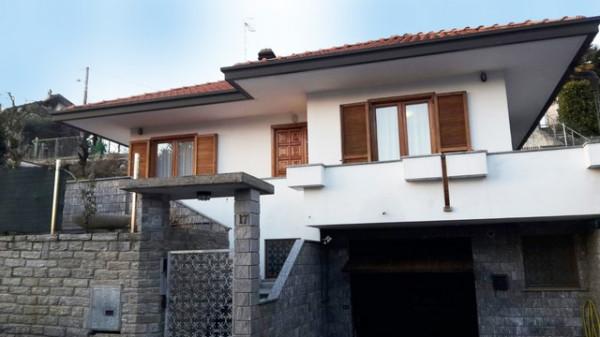 Villa in vendita a Castronno, 4 locali, prezzo € 250.000 | CambioCasa.it