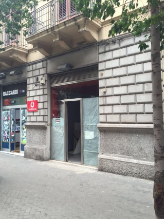 Negozio / Locale in affitto a Palermo, 2 locali, prezzo € 650 | Cambio Casa.it