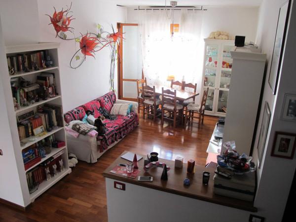 Appartamento in Vendita a Pistoia Periferia Ovest: 5 locali, 133 mq