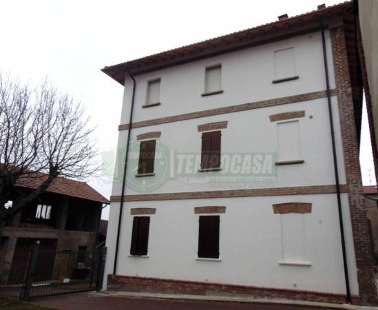 Rustico / Casale in vendita a Verderio, 3 locali, prezzo € 79.000 | Cambio Casa.it