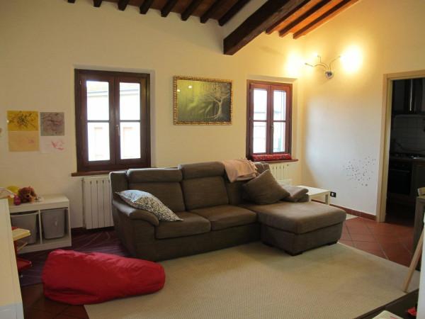 Appartamento in Vendita a Pistoia Periferia Sud: 4 locali, 93 mq
