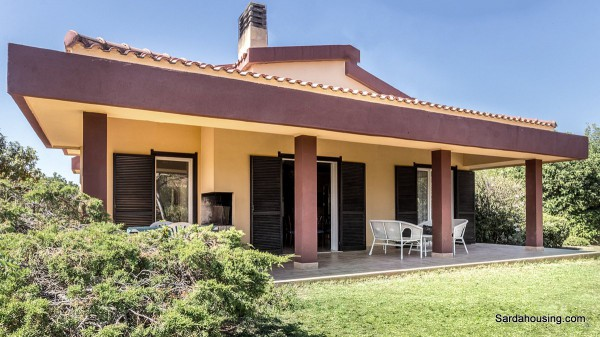 Villa in vendita a Quartu Sant'Elena, 5 locali, prezzo € 500.000 | Cambio Casa.it
