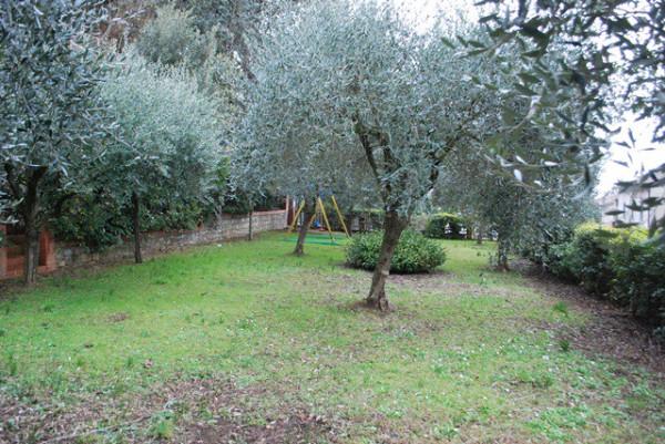 Villa in Vendita a Corciano: 5 locali, 326 mq