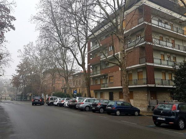 Appartamento in vendita a Modena, 4 locali, prezzo € 255.000 | Cambio Casa.it