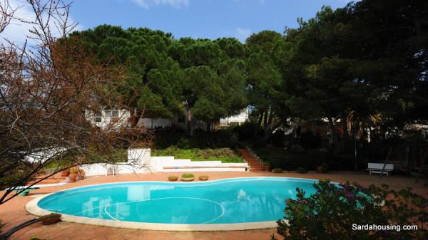 Villa in vendita a Quartu Sant'Elena, 6 locali, Trattative riservate | Cambio Casa.it
