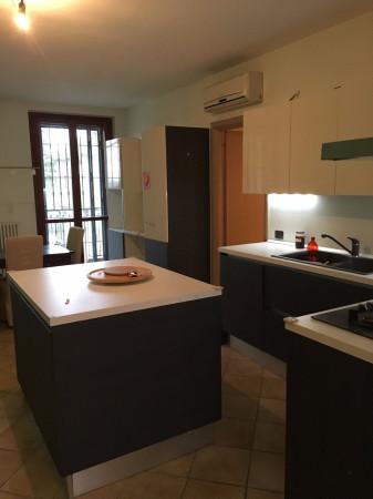 Appartamento in affitto a Torre d'Isola, 5 locali, prezzo € 600   Cambio Casa.it